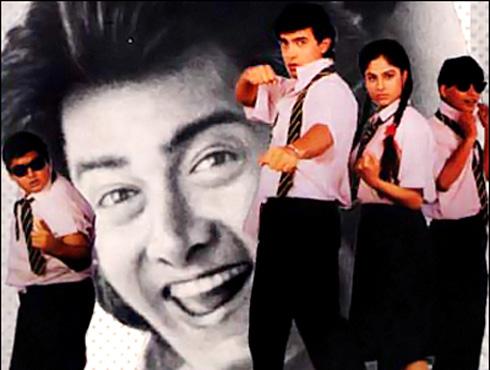 <h3>अरे यारों मेरे प्यारों - जो जिता वही सिकंदर</h3><br/><br>आमिर खानची मुख्य भूमिका असलेला हा सिनेमा त्यामधील रोमांटिक गाण्यांमुळे जास्त गाजला असला तरी सिनेमा लक्षात राहतो तो त्यातील मैत्रिच्या पक्क्या धाग्यामुळे... 'पहला नशा...' या गाण्यापेक्षा तुम्हाला आज 'अरे यारों मेरे प्यारों' हे गाणं ऐकून त्यावर आपल्या मित्रांबरोबर ताल धरायला नक्कीच आवडेल. <br><br>हे गाणं गायलंय उदीत नारायण आणि विजेता पंडित यांनी...  <br><br><iframe width=