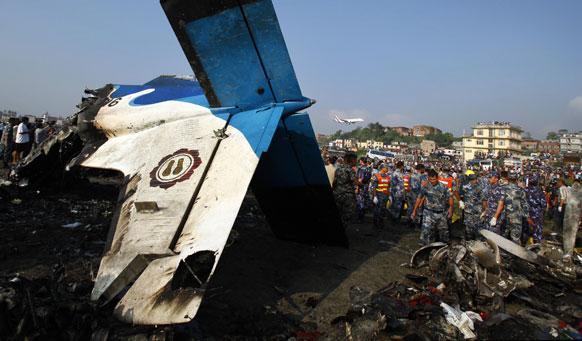 नेपाळ विमान अपघाताच्यावेळी कोसळलेले विमान