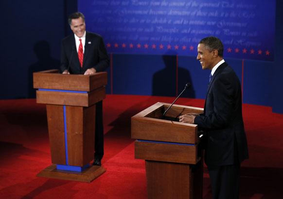 अमेरिका निवडणुकीच्या आधी रिपब्लिकन अध्यक्ष मीट रॉम्नी आणि अध्यक्ष बराक ओबामा आले आमने-सामने