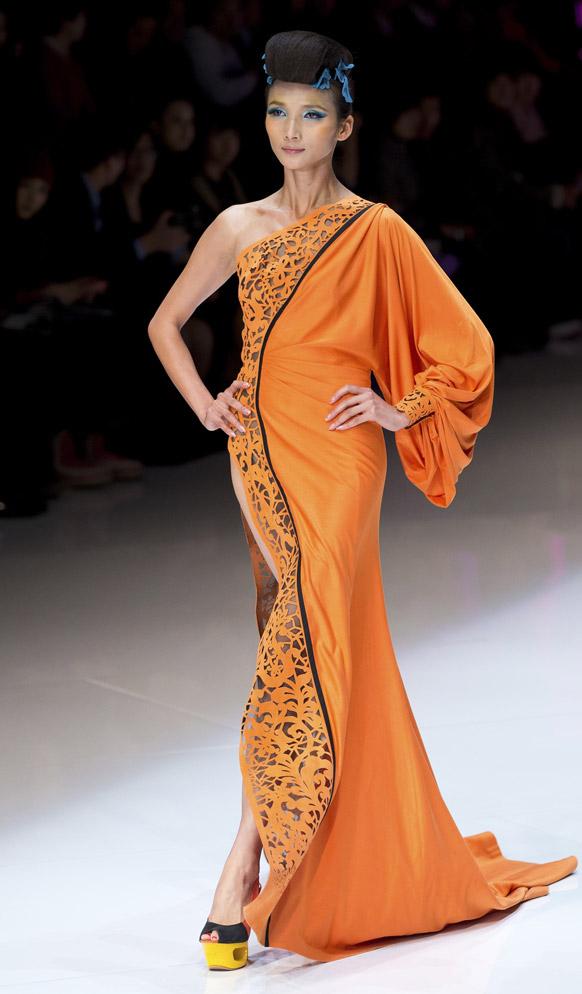 चायना फॅशन वीकमधील मॉडेल