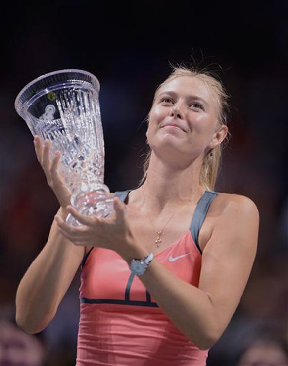 टेनिसचा किताब जिंकणारी मारिया शारापोवा