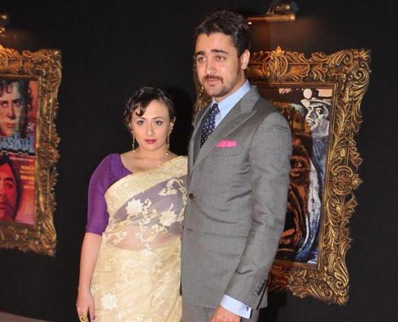 इमरान खान आणि त्याची पत्नी अवंतिका