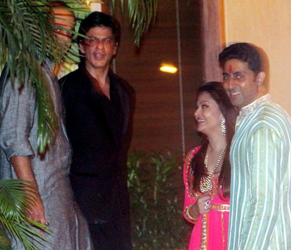 शाहरुख, अभिषेक बच्चन आणि ऐश्वर्या राय - बच्चन