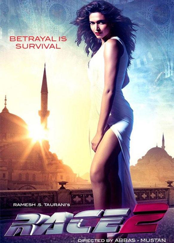अब्बास मस्तानीचा रेस-२ या चित्रपटात पहिला पोस्टर असा आहे  दीपिका पदुकोनचा नवा लुक