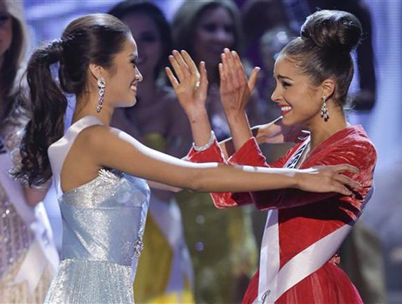 मिस यूएसए (अमेरिका) असलेली ऑलिविया कुल्पो हिची `मिस युनिव्हर्स-२०१२` म्हणून निवड झाली.