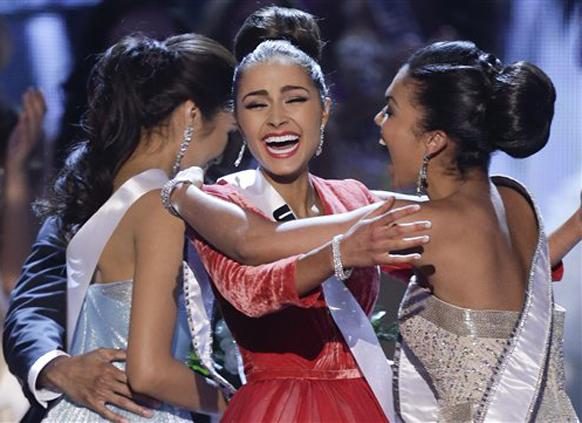 मिस यूएसए (अमेरिका) असलेली ऑलिविया कुल्पो हिची `मिस युनिव्हर्स` म्हणून निवड झाली.