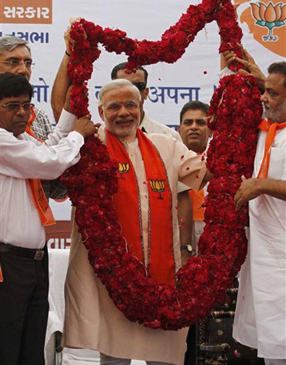 गुजरातमध्ये नरेंद्र मोदींचा ८६,३७३ मतांनी विजय