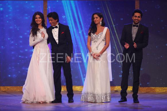 अमुष्का शर्मा, शाहरुख खान, कतरिना कैफ आणि आयुषमान खुराना