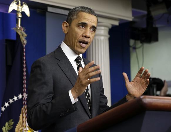 अमेरिकेचे राष्ट्राध्यक्ष बराक ओबामा वॉशिंग्टन येथील व्हाईट हाऊसमध्ये वार्तालाप कार्यक्रमात बोलताना