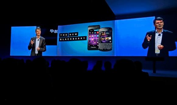 Blackberry 10 लाँच होतानाचे लाईव्ह दृष्य...