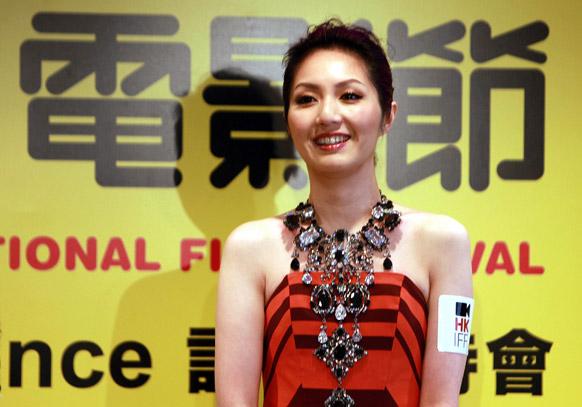 ३७ व्या हाँगकाँग आंतरराष्ट्रीय फिल्म फेस्टिव्हलची ब्रँड एम्बँसेडर मरियम युंग...