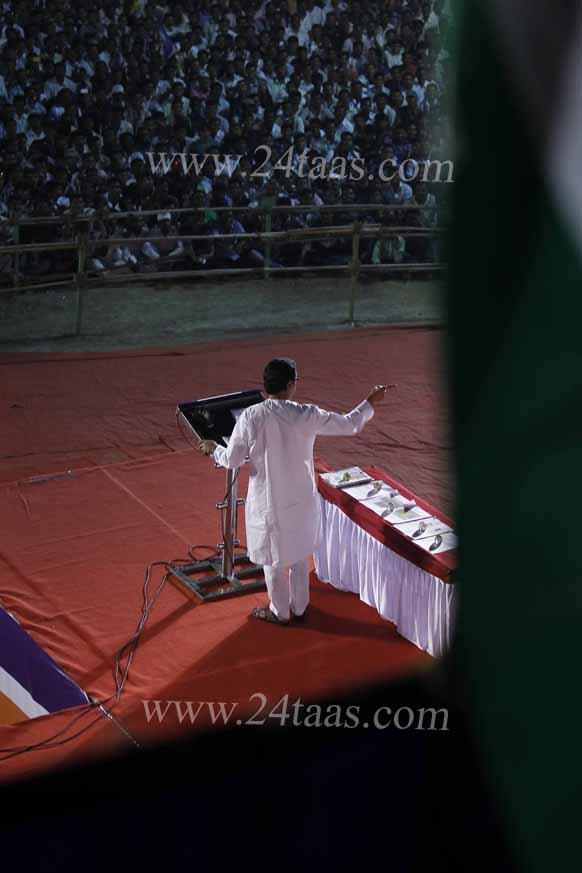 आमचे दोन मराठी माणसं दिल्लीतील राजकारणात आहेत, पण महाराष्ट्रासाठी करतायेत काय? – राज