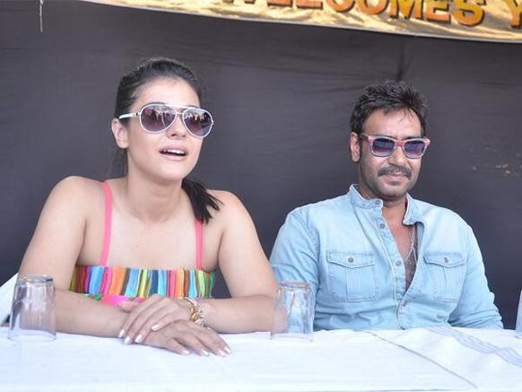 काजोल आणि अजय देवगण...