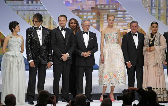 अमिताभ बच्चन, लिओनार्डो दीकॅप्रिओ, दिग्दर्शक स्टीव्हन स्पिलबर्ग, निकोल किडमॅन, डॅनियल औटयूइल, आणि विद्या बालन