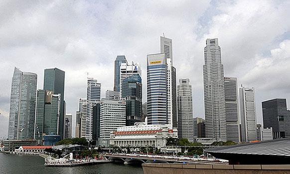 सिंगापूर - दररोज ११.७५ दशलक्ष आंतरराष्ट्रीय प्रवासी भेट देतात