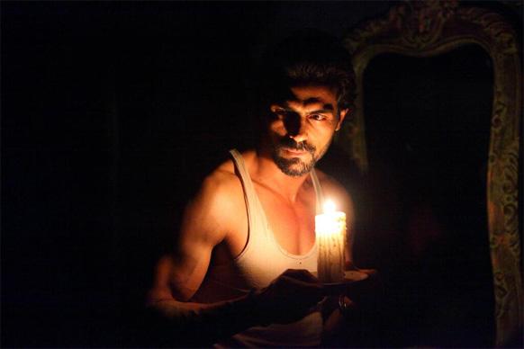 अर्जुन रामपाल... 'डी-डे'मध्ये