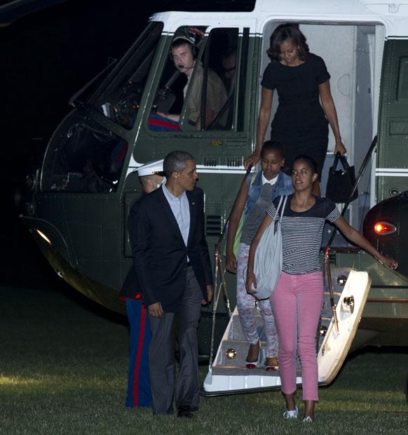 बराक ओबामा सहकुटुंब सहपरिवार
