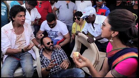शाहरुख खान आणि दीपिका पदूकोन... 'चेन्नई एक्सप्रेस'