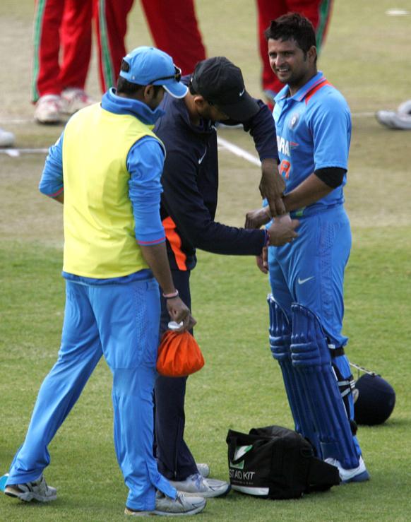 टीम इंडियाचा सुरेश रैना जायबंदी झाला. त्याच्या हाताला बॉल लागल्यानंतर..