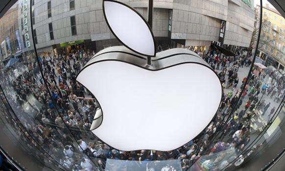 स्टीव्ह जॉब्स द्वारे स्थापित अॅपल कंपनीचे उत्पादने : आय फोन, आय पॅड, आय पॉड इत्यादी