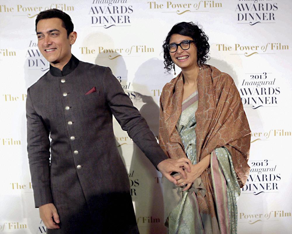 आमिर खान आपली पत्नी किरण राव सोबत अमेरिका अब्रॉड मीडिया २०१३ च्या उद्घाटन सोहळ्यात