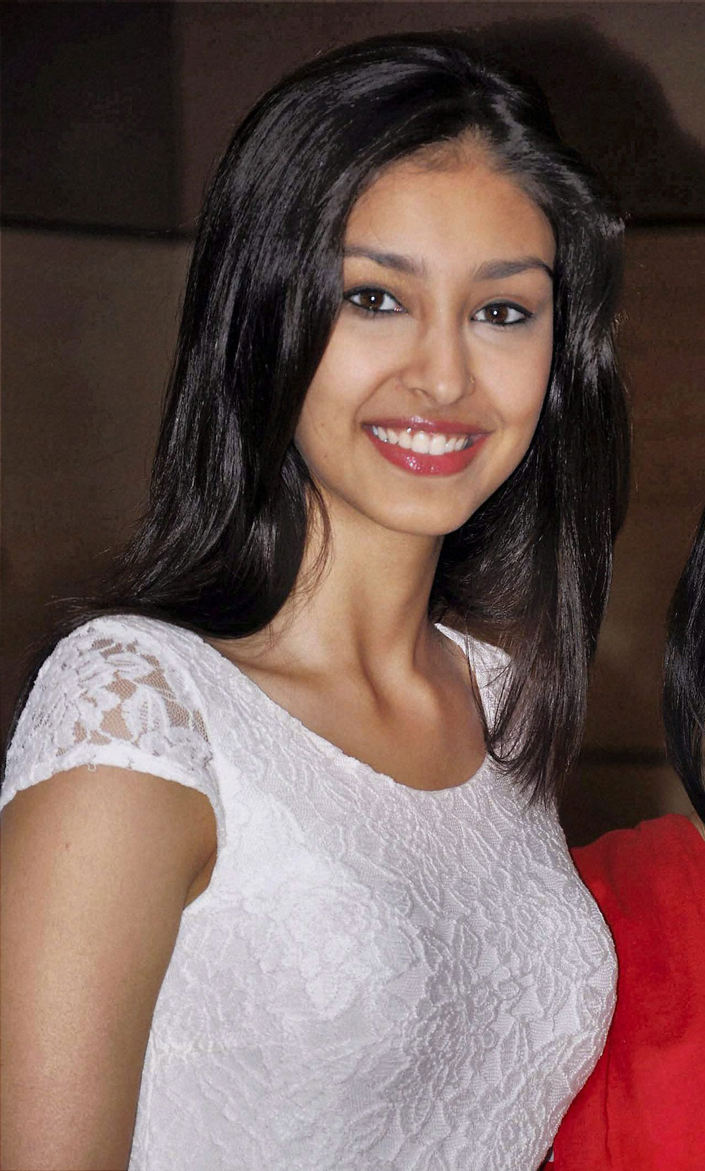 पाँड्स फेमिना मिस इंडिया वर्ल्ड २०१३ नवनीत कौर ढिल्लाँ गुवाहाटी येथील एका पत्रकार परिषदेदरम्यान