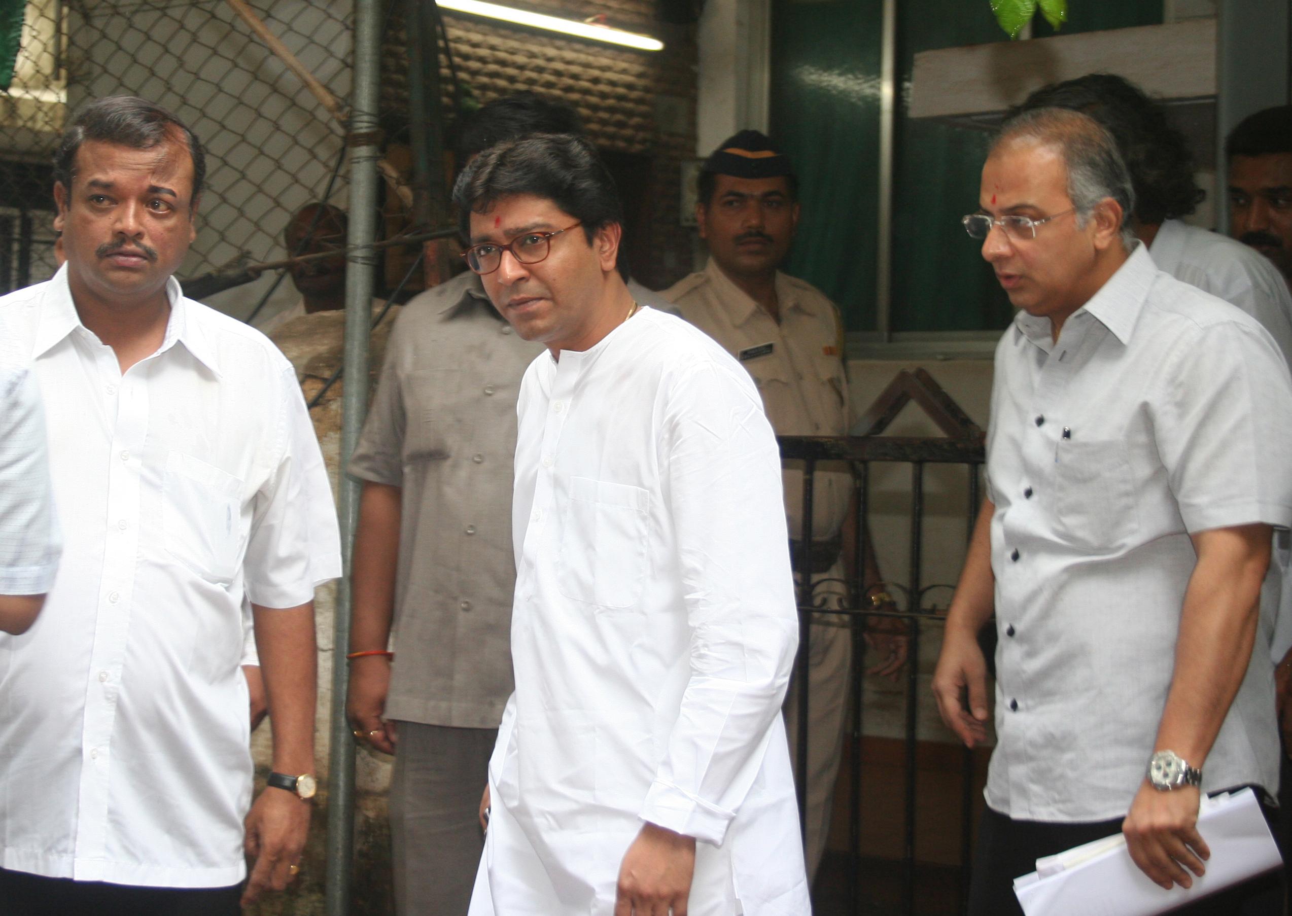 राज ठाकरे आणि अतुल सरपोतदार घनिष्ठ मित्र- सहकारी