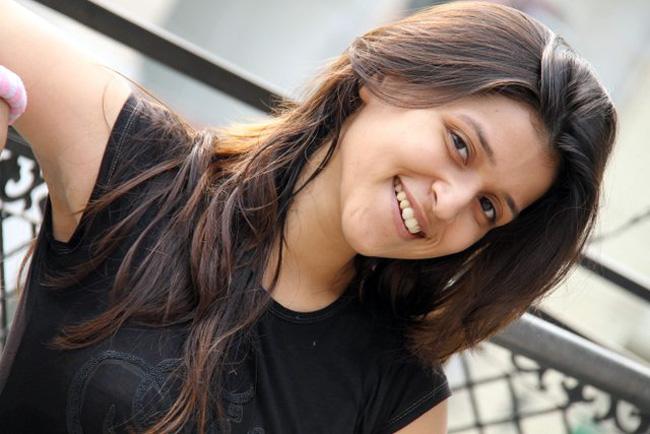 बार्बीनं आपल्या करिअरमध्ये केलेल्या मदतीसाठी बहिण प्रियंका चोप्राचे आभार मानले.  फोटो: फेसबुक