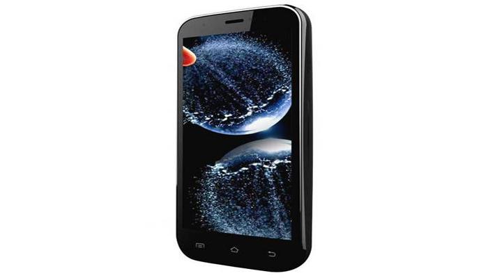 <p>झेन अल्ट्राफोन 701HD<br /> किंमत : 7700 रूपये.</p>  <p>* अँड्रॉइड 4.2 जेली बीनवर चालणारा झेन अल्ट्राफोन 701HD मध्ये 1280x720 पिक्सल रेझॉल्युशन स्क्रीन</p>  <p>* 5 इंचचा&nbsp;डिसप्ले आहे.</p>  <p>* 1.2 गीगाहर्टझ कॅाड कोअर प्रोसेसर आणि एक जीबी रॅम आहे. 32 जीबी माइक्रो-एसडी कार्ड एक्सपान्डेबल असून&nbsp;बॅटरी 2000 मेगाहर्टझची आहे.</p>  <p>&nbsp;</p>