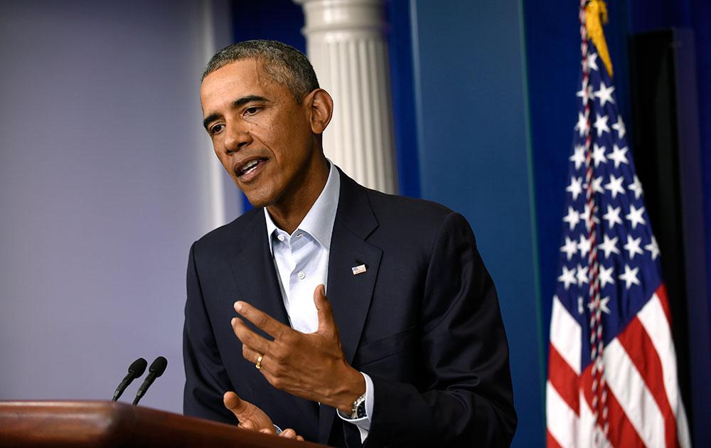 वॉशिंग्टन व्हाईट हाऊसच्या एका कार्यक्रमाला संबोधित करतांना बराक ओबामा