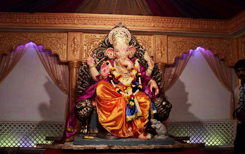 मुंबईचा सुवर्ण राजा