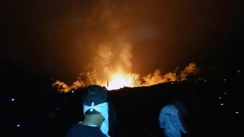 भोस्ते घाटामध्ये एक केमिकलचा टँकर पलटी होऊन त्याचा प्रचंड स्फोट झाला. स्फोटानंतर आग
