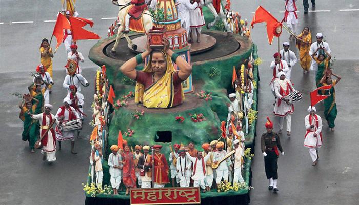 महाराष्ट्र एकच नंबर : चित्ररथाला प्रथम पारितोषिक