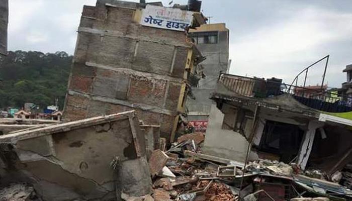 LIVE UPDATE: नेपाळमध्ये मृतांचा आकडा ६८८वर, भारतात २० जण दगावले