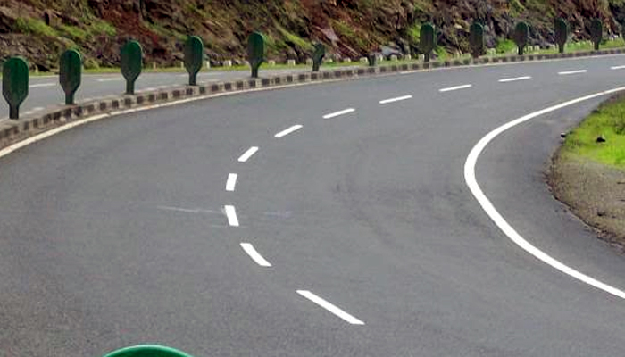 मुंबई-गोवा महामार्गावर टोल होणार लागू