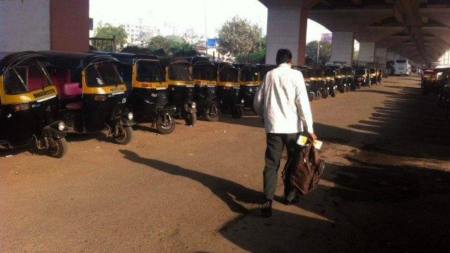 ओला, उबेर टॅक्सीविरोधात मुंबईत आज रिक्षा संप
