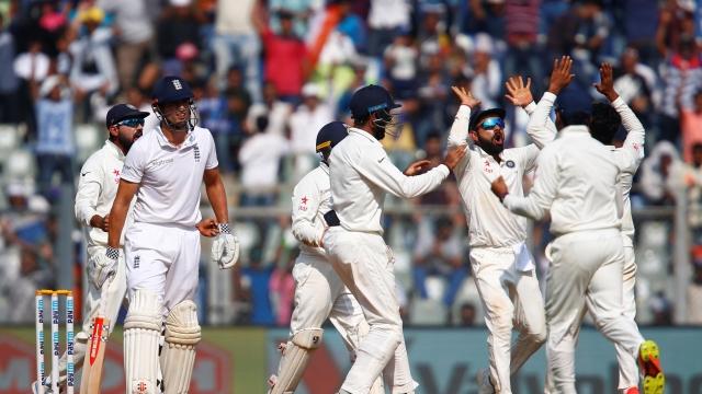 मुंबई टेस्टमध्ये भारत विजयाच्या उंबरठ्यावर