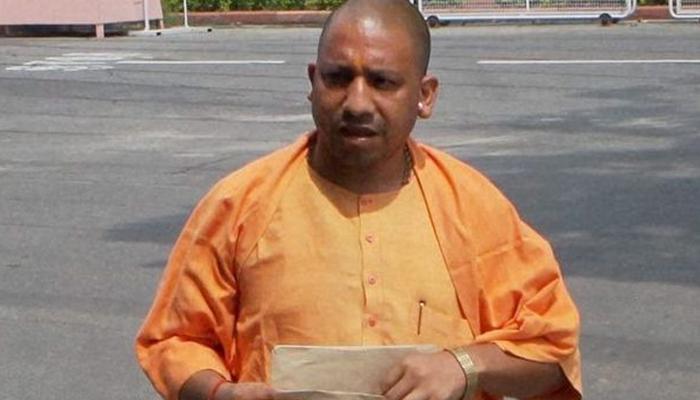 मुस्लिमांच्या नमाजाबद्दल योगी आदित्यनाथ म्हणतात...