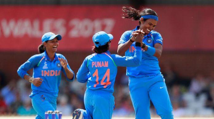 महिला क्रिकेट वर्ल्डकप : भारताचा फायनलमध्ये दिमाखात प्रवेश