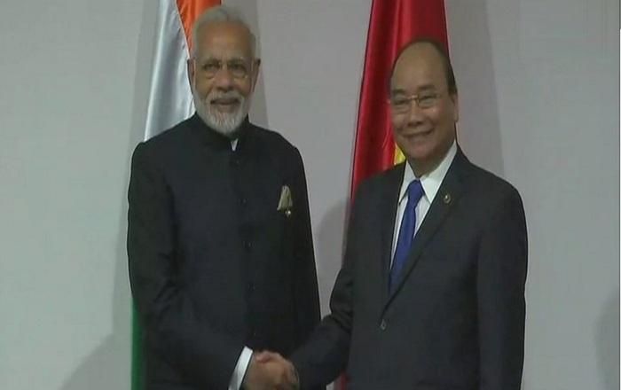 पंतप्रधान मोदींनी घेतली जपान आणि ऑस्ट्रेलियाच्या पंतप्रधानांची भेट