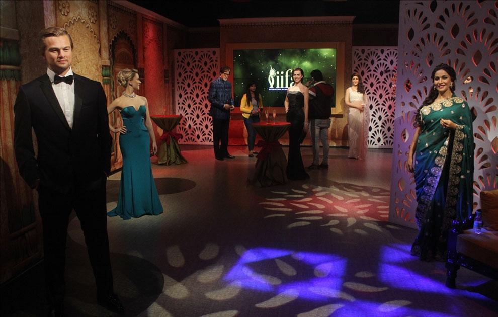 Wax statues of actors Leonardo DiCaprio, Anne Hathaway, Amitabh Bachchan, Scarlett Johansson, Kareena Kapoor and Madhuri Dixit at Madame Tussauds Wax Museum in New Delhi.