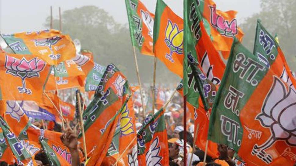गुजरात विधानसभा निवडणूक: 'नोटा' बिघडवणार भाजपचा खेळ?