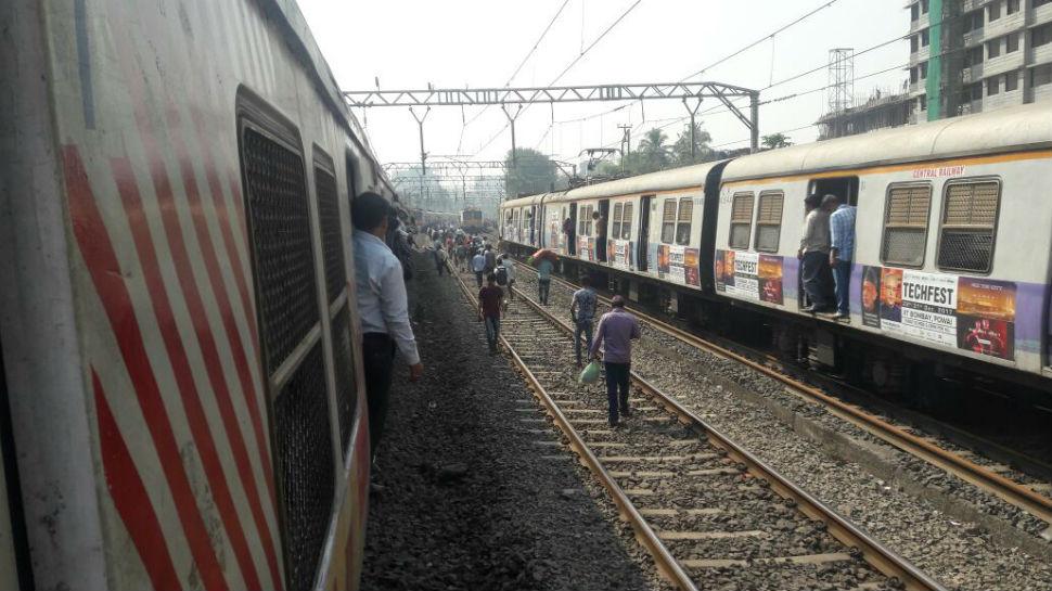 सकाळपासून शांत आंदोलन दुपारनंतर तापलं... मुंबई ठप्प!
