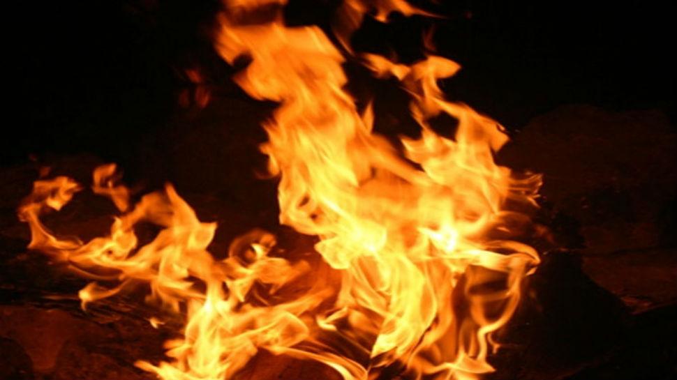 मुंबईतील डोमेस्टिक विमानतळावर आग