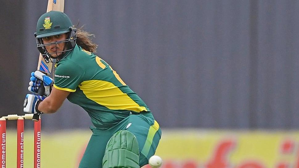 महिला क्रिकेटपटूची ४५७च्या स्ट्राईक रेटनं वादळी खेळी