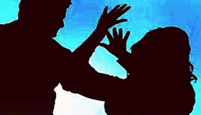#Metoo मोहिमेत पुण्याच्या सिंबायोसिमधल्या विद्यार्थिनीही सहभागी, केले हे आरोप