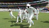 INDvsSL: टीम इंडियाने बनवले 'हे' विचित्र रेकॉर्ड