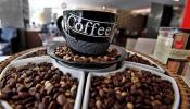 पेट्रोल-डिझेलची चिंता मिटली, आता कॉफीवर चालतायत गाड्या...