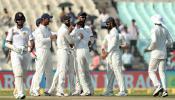 श्रीलंका २०५ रन्सवर ऑल आऊट, भारतालाही एक धक्का