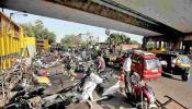 मुंबई महापालिकेची बेवारस वाहनांवर धडक कारवाई, करणार वाहनांचा लिलाव